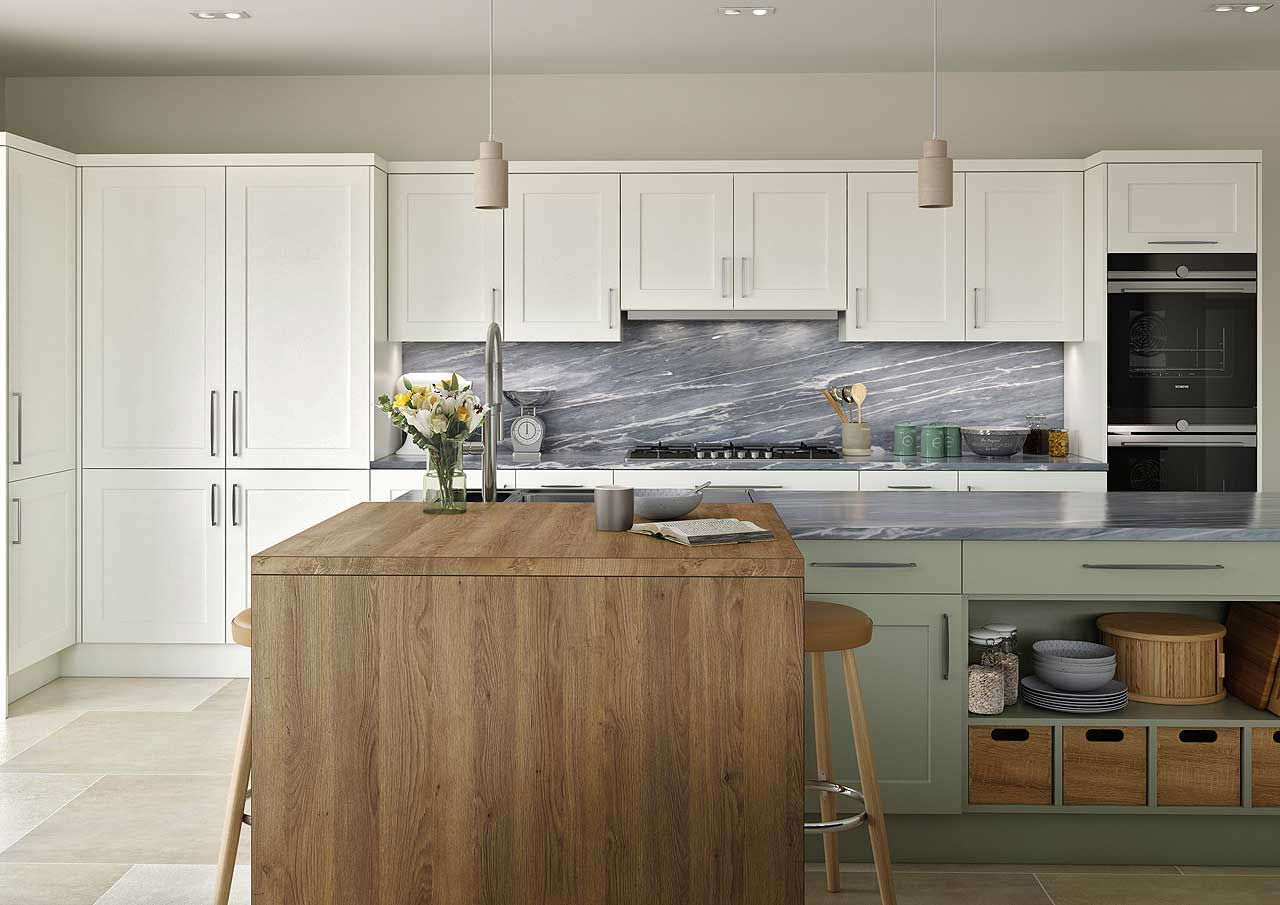 Avon Kitchens and Bathrooms: supplying affordable luxury kitchens and bathrooms in Ringwood to the New Forest and Hampshire