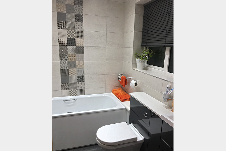 Recent bathroom installation: Avon Kitchens and Bathrooms - Ringwood, New Forest.