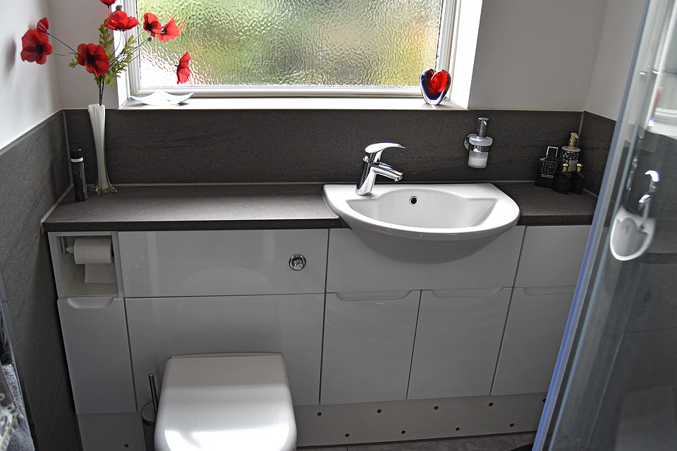 Clients homes: Avon Kitchens and Bathrooms - Ringwood, New Forest.